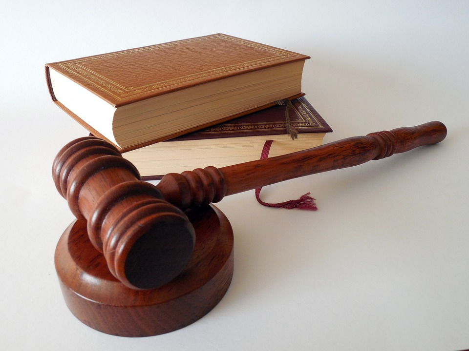 How to File a Legal Malpractice Suit Against a Lawyer